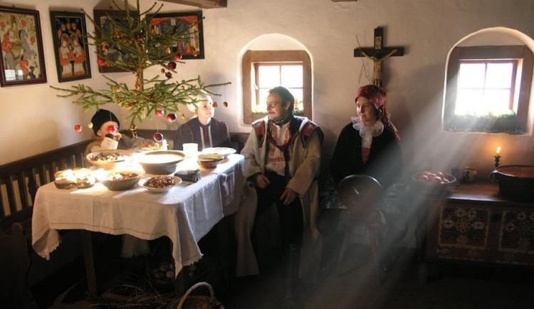 FOLKLORNÍ DRBNA: Od Barbory po Tři krále. Za mystikou adventu a Štědrého dne našich předků