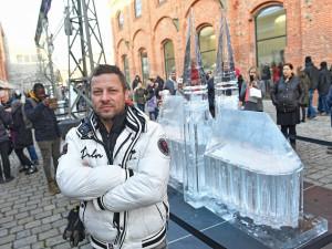 FOTO: Festivaly svateb a jídla u Vaňkovky skončily. Ledové sochy mohou lidé obdivovat dál