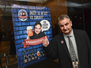 Legendární brněnský pivovarník Petr Hauskrecht oslavil 60. narozeniny. Pivo vaří v Brně už víc jak čtvrtstoletí