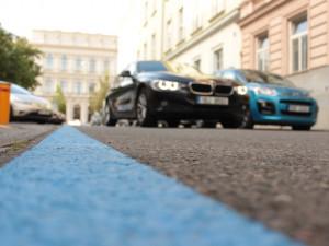 Město začne od března rozdávat pokuty za neoprávněné parkování v modrých zónách