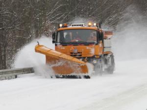 Extrémně náročný leden. Silničáři na jihu Moravy spotřebovali během měsíce většinu posypu