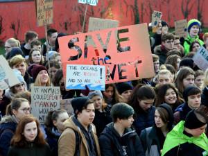 Brněnští středoškoláci se zítra připojí ke stávce švédské dívky. Chtějí upozornit na změnu klimatu