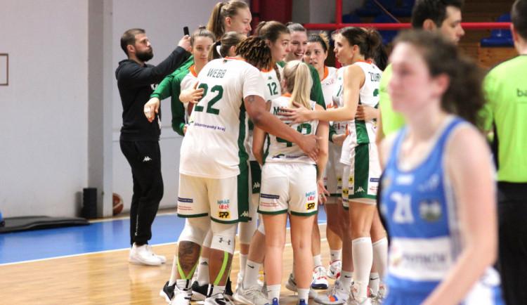 Basketbalistky Žabin Brno se po pěti letech dostaly mezi čtyři poslední týmy v souboji o titul
