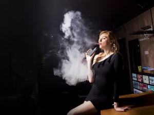 Zákaz kouření? Polovina restaurací nedovoluje ani elektronické cigarety