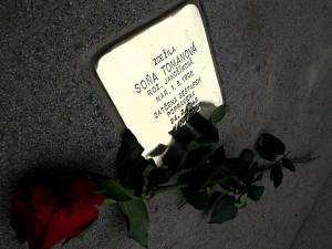 Letošní pokládání kamenů zmizelých v Brně připomene zapomenutý atentát