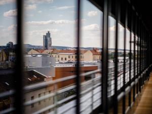 Lidé naplnili kapacitu prohlídek Open House Brno za jediný den. Na některá místa však můžete i bez registrace