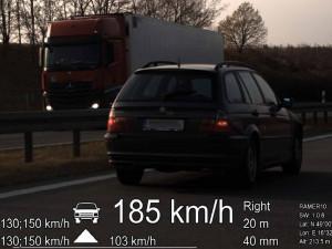 Mladý opilý řidič se řítil vysokou rychlostí dálnicí na Brněnsku