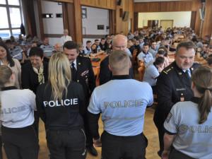 Více než stovka policistů se rozhodla darovat život a rozšířit registr dárců kostní dřeně