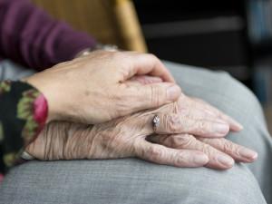 V Brně otevřeli nové centrum na odhalení demence a pomoc rodinám pečujícím o nemocné