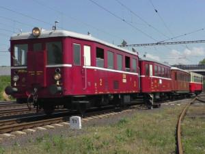 České dráhy dnes zahájily provoz výletních vlaků z Břeclavi do Lednice. Lidé se svezou Hurvínkem