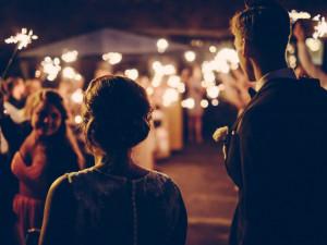 Na svatbě v Brně se poprali svatebčané, zasáhnout museli strážníci