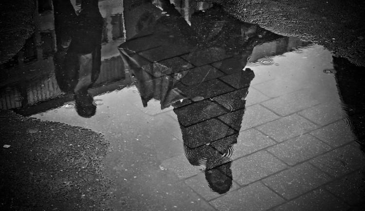 POČASÍ NA PONDĚLÍ: Nový týden zase přinese déšť