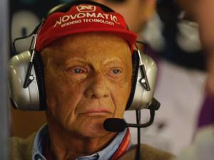 Svět motorismu truchlí. Odešel legendární Niki Lauda