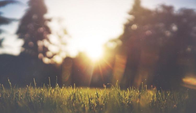 POČASÍ NA PONDĚLÍ: Začátek týdne bude slunečný