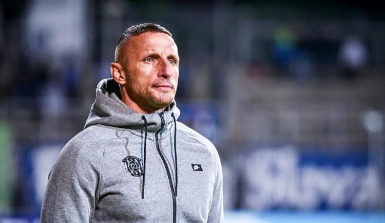 Příští rok musíme postoupit z prvního místa, dlužíme to fanouškům, říká trenér Zbrojovky Šustr