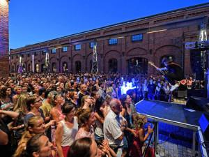 Příští týden startuje Vaňkovka Fest. Nabídne měsíc plný hudby, stand-up comedy a letní kino