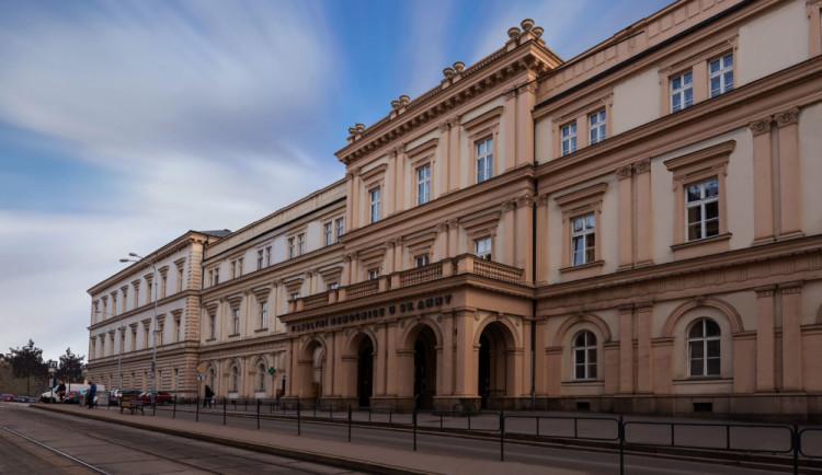 Nemocnice v Brně obměnila pět lůžek, výměnu potřebuje dalších 175