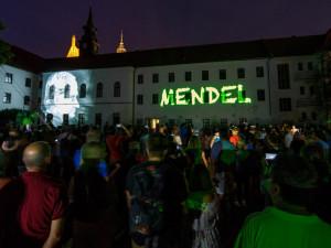 Festival Mendel je... letos představí zakladatele genetiky jako včelaře