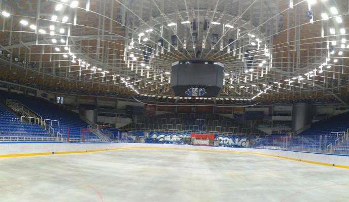 DRFG aréna má  nejmodernější mantinely a osvětlení  v celé republice