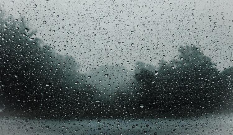 POČASÍ NA SOBOTU: První víkendový den přinese na území Jihomoravského kraje přeháňky a bouřky, mohou být i velmi silné