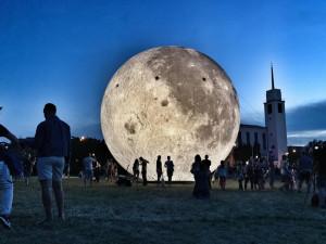 Oblíbený nafukovací Měsíc uvidí lidé v Brně na Noc padajících hvězd. Pokud bude přát počasí