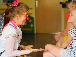 Místo pláče smích. Dětskou pohotovost Fakultní nemocnice začali navštěvovat Zdravotní klauni
