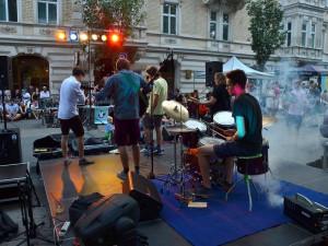 TIPY NA VÍKEND: Dvě velké street party na Jaselské a Lidické, Dožínky, poslední letní tanec v Sonu, Svitava pod parou a vůně koření