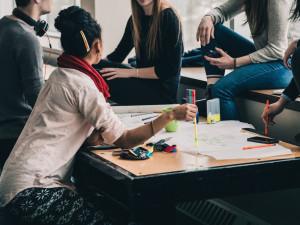 PRŮZKUM: Mladí lidé jsou v zaměstnáníloajálnější, než se tvrdí