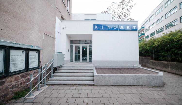 Brněnské kultovní Kino Art se zítra otevře po dvouleté rekonstrukci. Během víkendu nabídne na 100 hodin filmu
