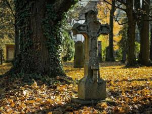 QR kódy na hrobech přiblíží návštěvníkům informace o zesnulých osobnostech