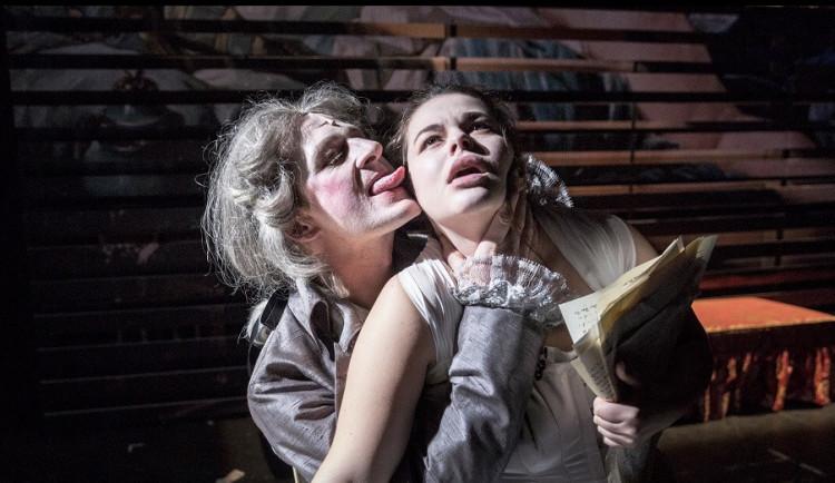 Na brněnská divadelní prkna míří poprvé v historii slavný zvrhlík Markýz de Sade