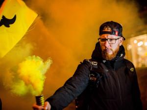 FOTO/VIDEO: Pyro, prapory, protesty. Aktivisté vyhlásili v Brně týden klimatické rebelie