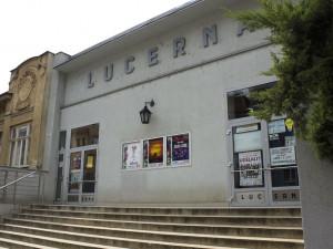 Kino Lucerna nabídne v říjnu Pražské orgie, mstícího se Jirku Schmitzera a festival Nový ruský film