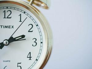 O víkendu nás čeká změna času. Podle vědců je 'zimní' čas nejlepší