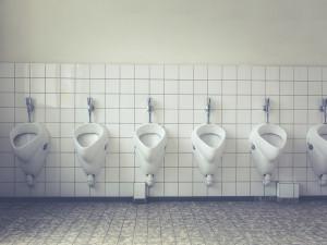 Neznámý člověk se v noci vloupal na veřejné záchody v Brně. Nic tam přitom neukradl