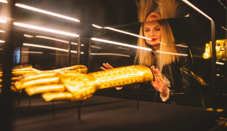 FOTO: V Brně byl odhalen největší zlatý poklad světa