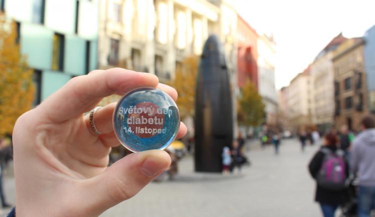 Světový den diabetu doprovodí kuličky v orloji i preventivní měření v obchodním centru
