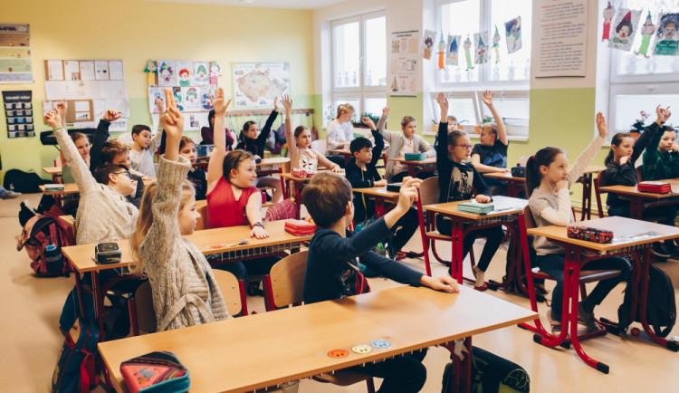 Na jižní Moravě stávkovalo 220 škol. Protest tak vyjádřilo téměř 6 tisíc učitelů