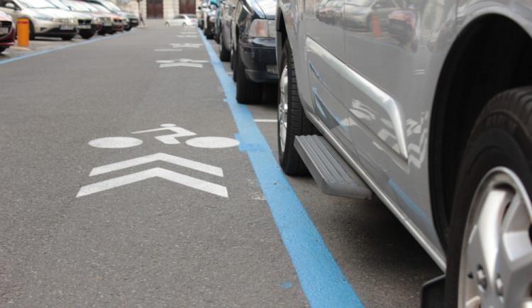 Rezidentní parkování se rozšíří i do Žabovřesk