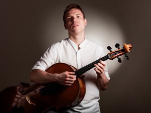 Jsem na špičce cello-folku, ale zároveň také na chvostu, říká brněnský písničkář Pavel Čadek