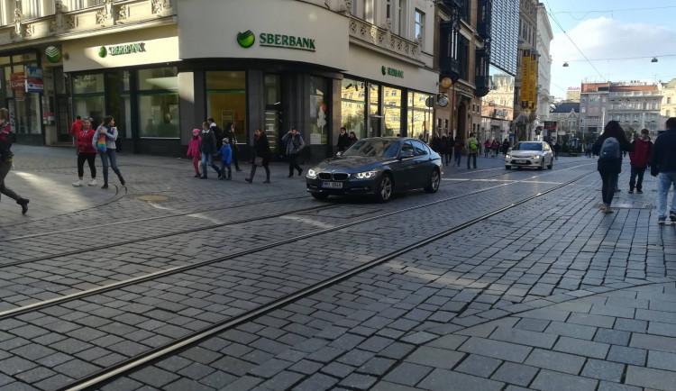 Brněnské centrum už rušnou silnicí nebude. Radním došla trpělivost a posílili kontroly