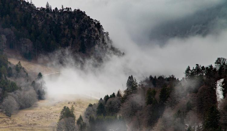 POČASÍ NA ÚTERÝ: Ráno se objeví mlhy