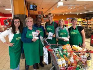 Sbírka potravin znovu pomůže lidem v nouzi