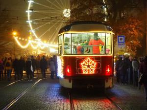 Letos vyjedou do brněnských ulic hned dvě vánoční šaliny! Přibude speciální PFková