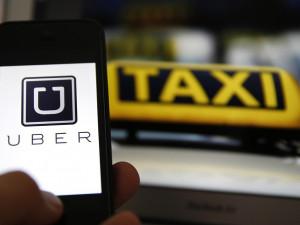 Brno se nepřipojí k taxikářům proti Uberu, službu chce podpořit