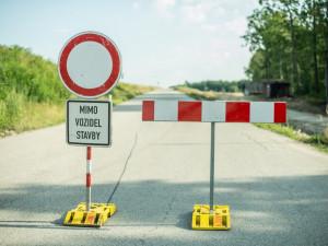 Silniční spojení s Komínskými loukami se postaví příští rok. Město plánuje vytvoření nové infrastruktury