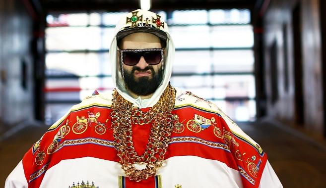 TIPY NA VÍKEND: Kapitán DEMO, Snowboard párty, Vánoce na výstavišti i na Špilasu, oživlý Freddie Mercury s Queen a kus Asie na Pekařské