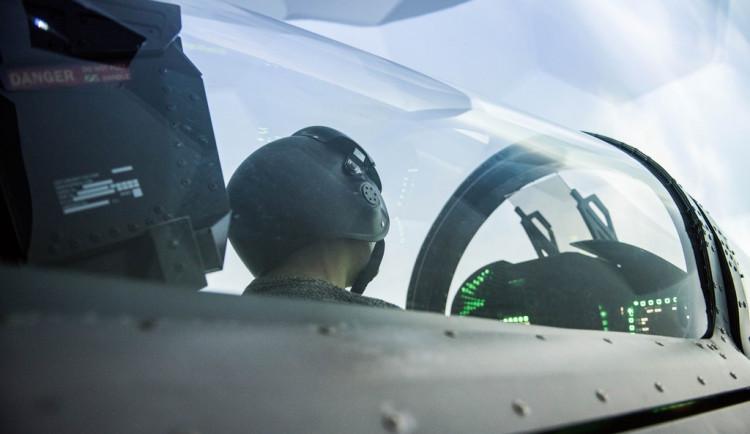 Za kokpitem zakázaného Boeingu nebo americké stíhačky. Brněnské simulátory nabízí unikátní zážitek