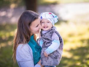 Léčba pomocí IVF. Na kolik vyjde rodiče asistovaná reprodukce a přispívá na to pojišťovna?