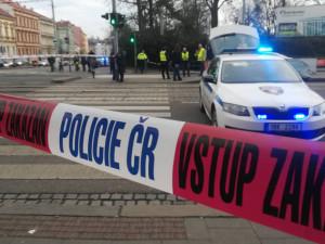 Střelba na Lidické: svědek uslyšel výstřel a nahlásil pohyb lidí se střelnou zbraní, policisté zatím nikoho nezadrželi